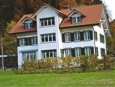 Blumenau: Haus Tulpe mit neuem Rebberg