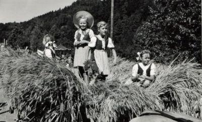 Schulhauseinweihung Altlandenberg