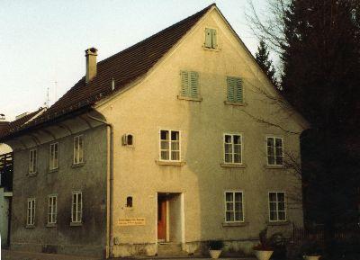 Erstes Dorfschulhaus