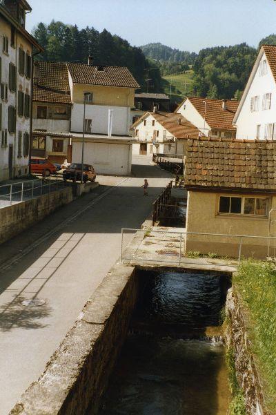 Sennhüttenstrasse mit Wissenbach