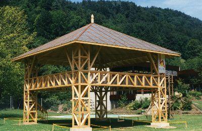 Spielburg: Schulanlage Altlandenberg