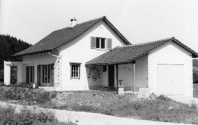 Juckern, Haus Capadrutt