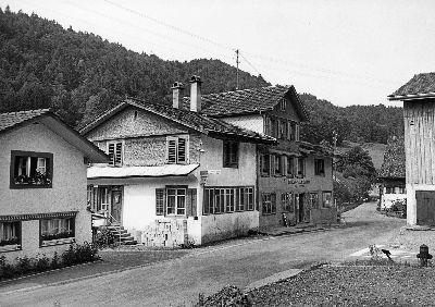 Blitterswil, Laden