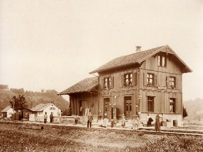 Station Saland