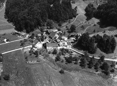 Bauma: Luftaufnahme, Altlandenberg