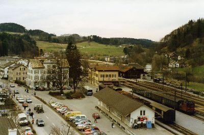 Bauma: Güterschuppen, Bahnhof