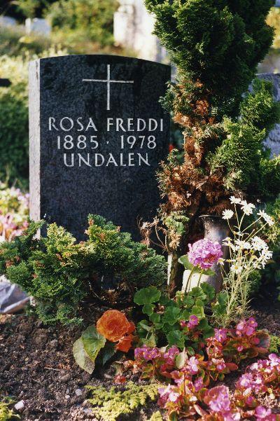 Kirche: Grabmal Rosa Freddi