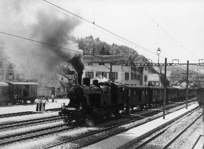 Tösstalbahn beim Bahnhof Bauma