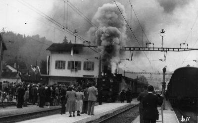 Letzte Dampfbahnfahrt Bahnhof Bauma