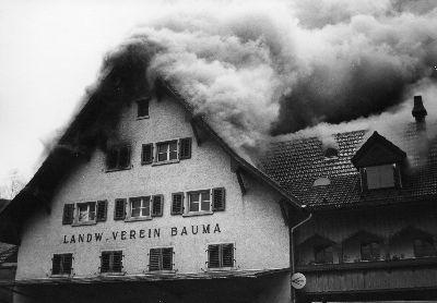 Feuerwehr Bauma: Brand Landwirtschaftliche Genossenschaft