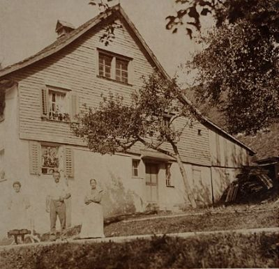 Sternenberg Rossweid Haus Familie Spörri