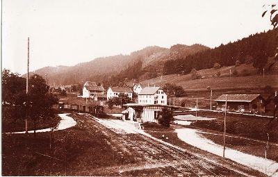 Uerikon-Bauma-Bahn: Station Neuthal